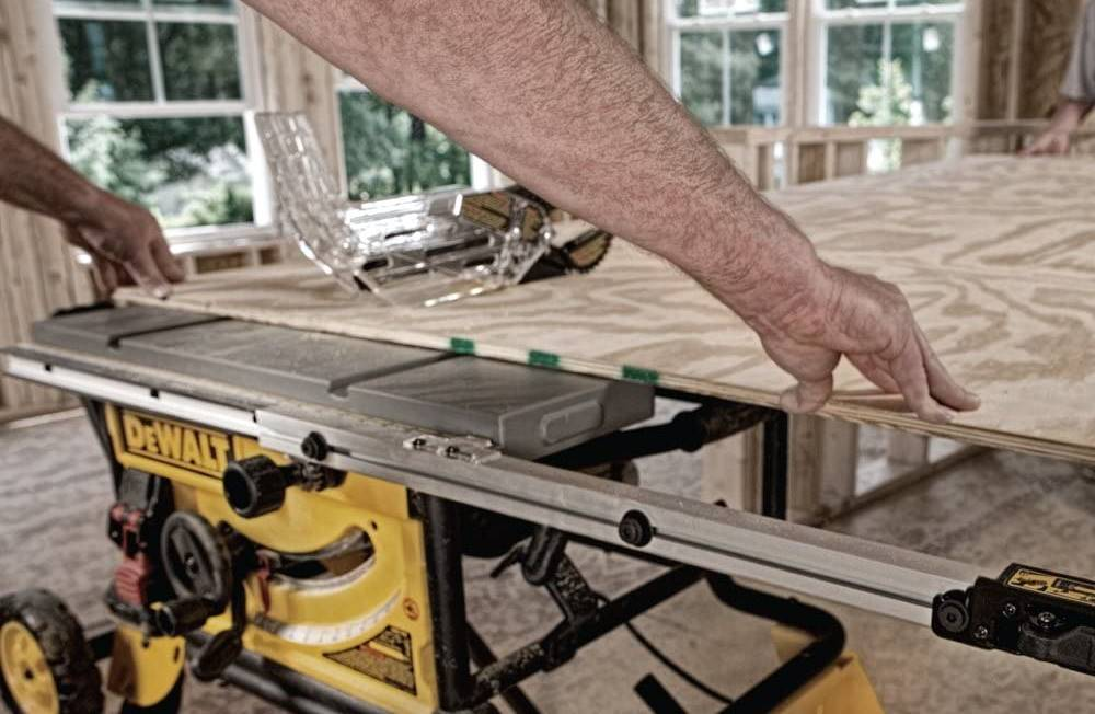 How to do Ripping in Table Saws